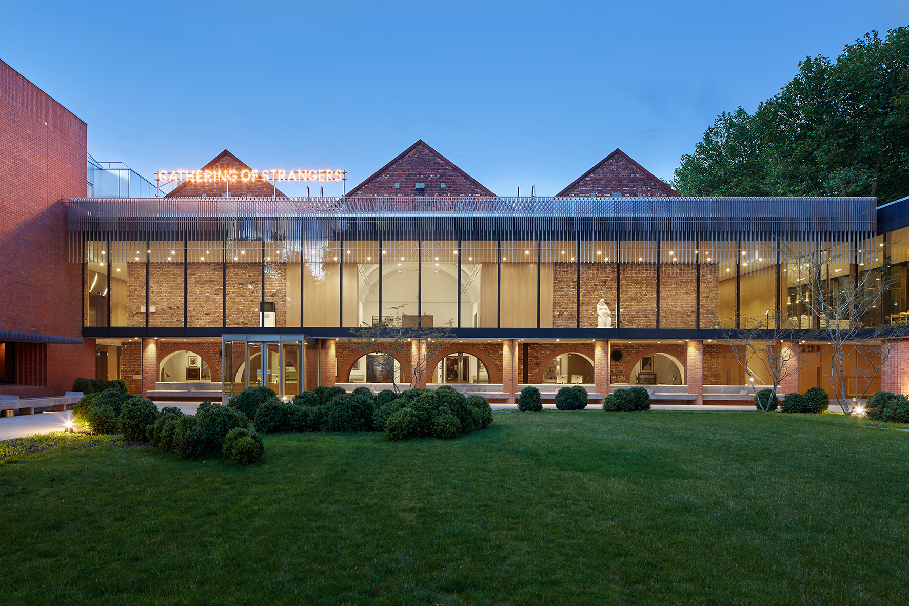 The Whitworth Art Gallery: 21st Century Gallery in the Park